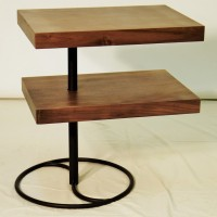 Table d'appoint noyer noir -tablette pivotante Black walnut corner table swivel tablet