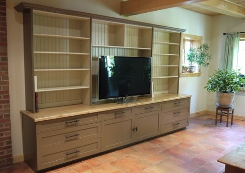 Bibliothèque en pin – Pine bookshelf