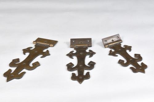 Pentures décoratives en laiton – Brass decorative hinge – 1