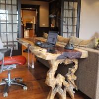 ureau console bois exotique organique Tamarin - Live edge tamarin wood desk console