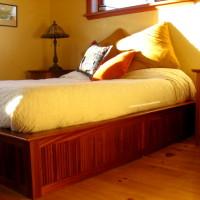 Lit queen acajou - Mahogony queen bed